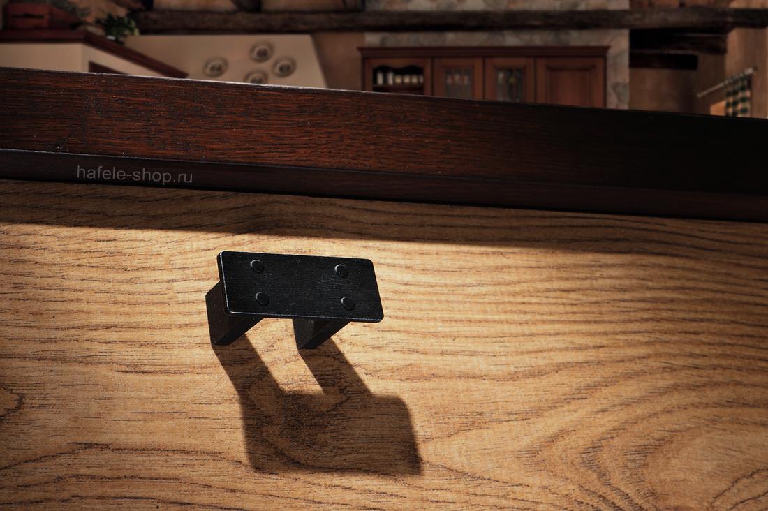 Мебельная ручка, цвет чёрная состаренная, длина 58 мм.