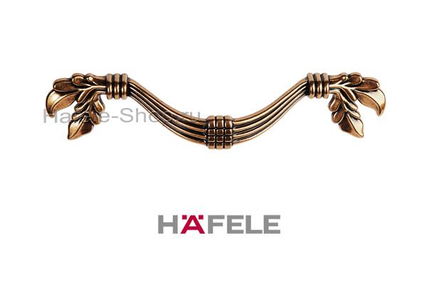 Ручка мебельная, цвет античное золото, длина 165 мм, между винтами 96 мм