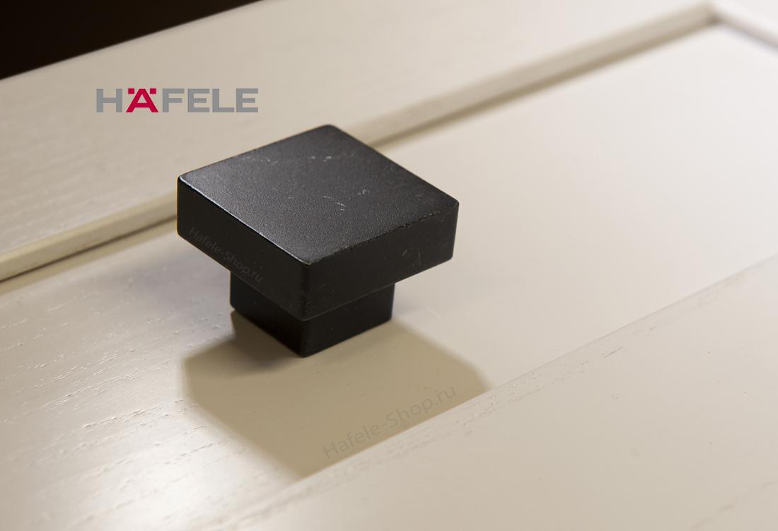 Ручка мебельная, черная матовая, квадрат 30 х 30 мм