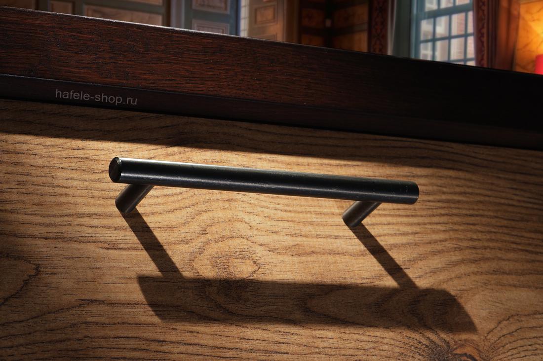 Мебельная ручка серая состаренная, длина 232 мм.
