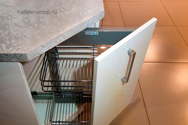 Наполнение углового шкафа в кухне, ширина 300 мм, CRYSTAL, правый